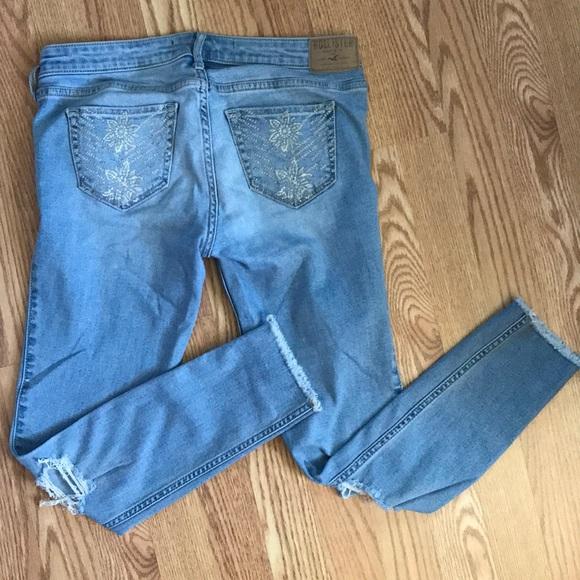 Hollister Denim - Hollister crop low-rise jeans